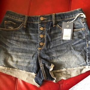 Jean shorts: 2 for 22😳